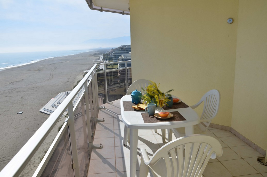 canet plage appartement mer terrasse